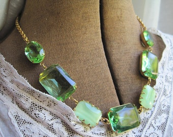 "Light green statement necklace, Downton Abbey, peridot necklace, pale green statment necklace. ""Mint Julep"""