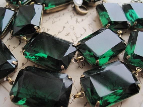 "Anna Wintour Necklace, Emerald green statement Necklace, Georgian collet, Downton Abbey, Edwardian necklace, Jane Austen Jewelry. ""Emeraude"""