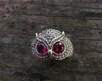 Sterling Silver Owl Ring With Garnet Eyes