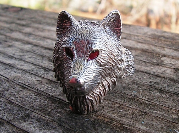Sterling Silver Timber Wolf Ring With Red Eyes