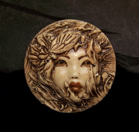 Butterfly Kisses Fairy Lady Face ROUND Cameo Cab CABOCHON