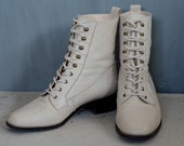 Lace-Up Cream Leather Boots - Size 7 1/2