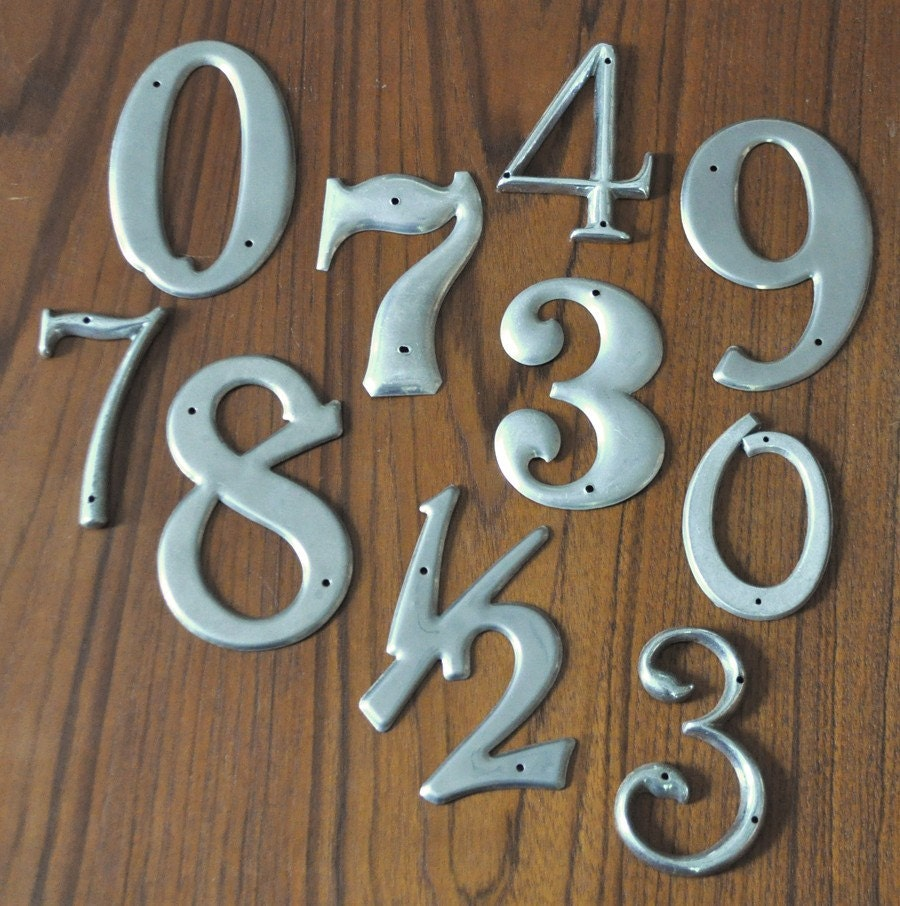 Set of vintage metal house numbers for House numbers