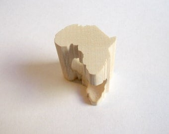 Africa ring in maple wood