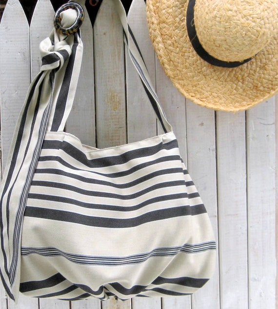 Striped Tote Bag Large Market Carryall Summer Beach in Black and White Neutrals