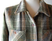 Oversized Plaid Wool Shirt Jacket . Muted Gray Brown Cream Green . fully lined m l