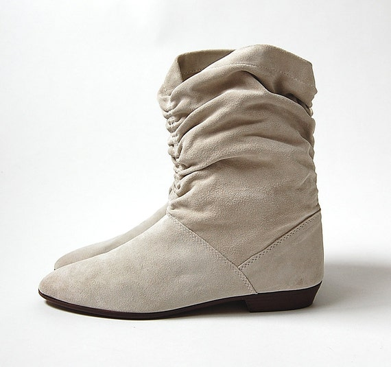 sale . Leather Boots . 80s Boots . Deadstock . Off White Suede . Made in Italy . NOS . sz 10 M 9.5 boho hippie