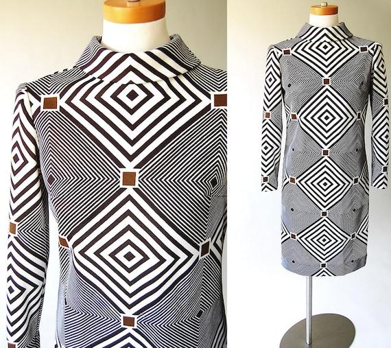 1960s Dress . vintage Op Art Mod Dress . Funnel Neck . Graphic Geometric Print . Olive Brown . Black White xs s