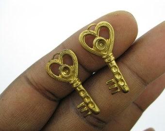 8 Vintage Brass Key Charms