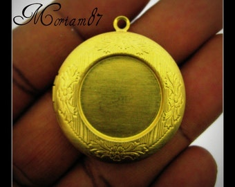 2 Raw Brass 32mm Locket with 20mm Cabochon Settings