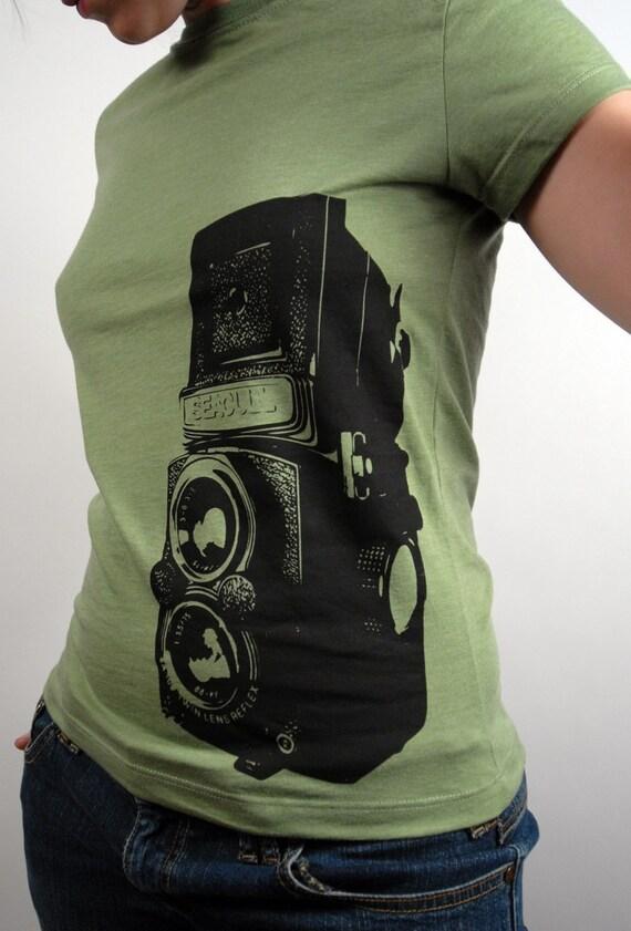 seagull camera shirt - heathered green