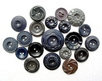 Sweet Lot of 20 Varioius Vintage Dark Colored Flower Designed Plastic Buttons