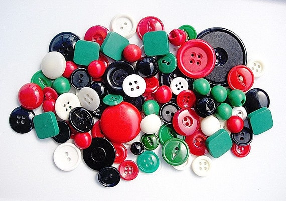 Big Lot of Various Vintage Green-Red-Black-White Plastic Buttons