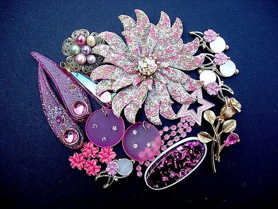 Destash Lot of Various Vintage Broken Jewelry Pieces