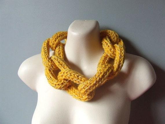 Soft Rocks Chunky Golden Woollen Chain