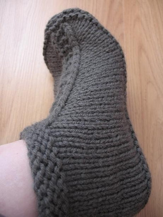 Knitting Pattern Central Men s Slippers : Request for slippers pattern - Pattern Central - KnittingHelp Forum Community