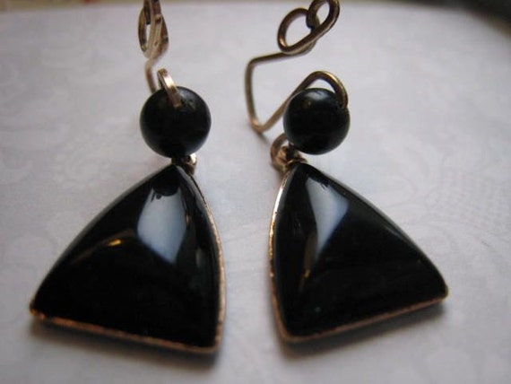 Antique Victorian Black Whitby Jet and Gold Mourning Earrings