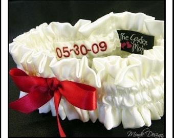 Custom simple garter with date patch inside