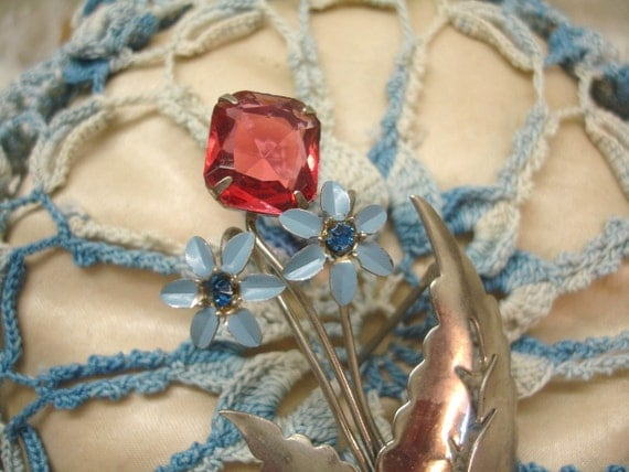 40s model vintage enamel and rhineStone flower brooch . blue enamel and rhinestones with red ruby jewel