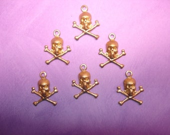 Skull and Crossbones Halloween Supplies Brass Findings on Etsy x 6