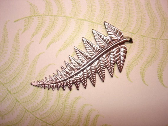 Fern Frond Stamping Silver Tone Jewelry Pendant/Craft x 1