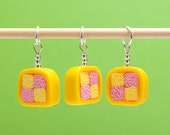 Set of 3 stitchmarkers - battenburg cake slices