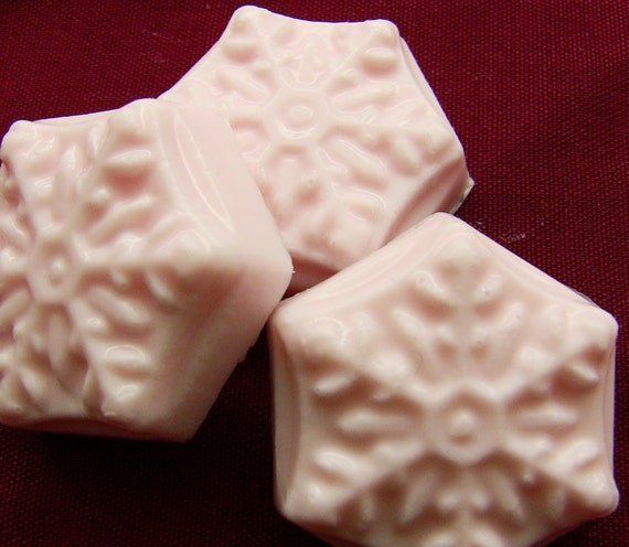 Silk Kimono - pink snowflake mini soaps -3 gift packaged