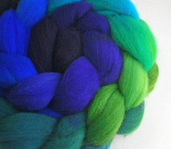 hand dyed superwash roving wool top spinning fiber gradient progression PEACOCK 4 oz.