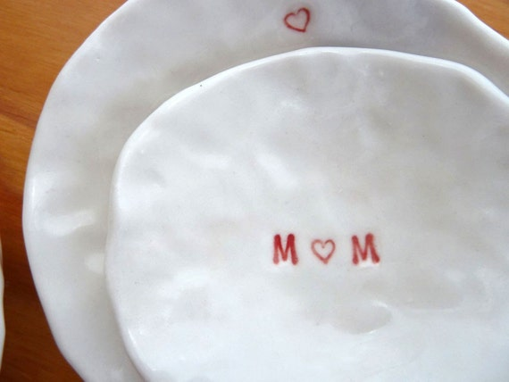 Nested Mini-Dishes for MOM (KISS - Pure White)