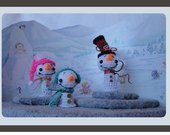 SALE Dollhouse Miniatures Snowman Family PDF Digital Crochet Pattern with Free Bonus PDF Display Case