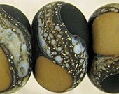 Glass Beads Handmade Lampwork Black and Tan with an Etched Frosted Finish and Webbed Accents, Set of 6 11x7mm