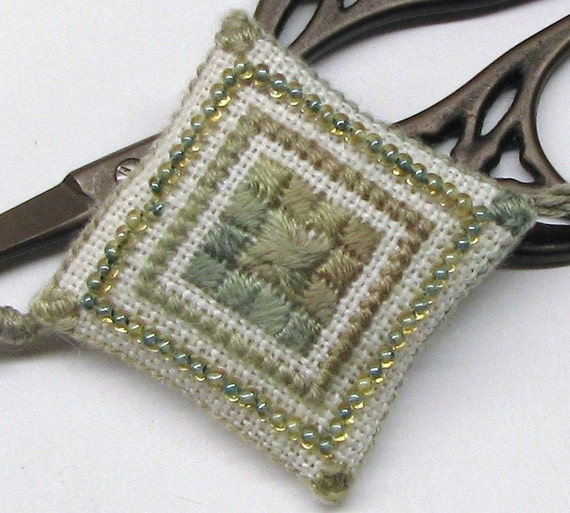 Tiny  Forest Cutie Scissor Fob Ornament Pin Cushion Completed Beaded Cross Stitch Needlework