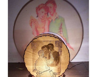 Norman Rockwell YOUNG LOVERS SHADOWLAMP from Shadowland