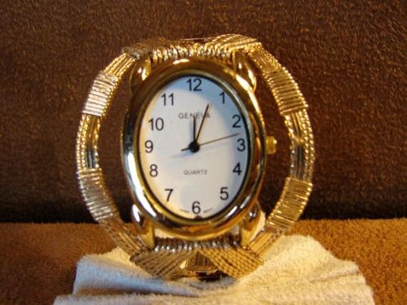 14K Rolled Gold Bangle Bracelet Watch