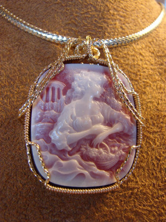 Red Agate 14K Rolled Gold Cameo Pendant