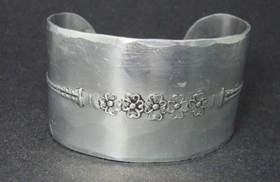 Pa Sales Tax >> Vintage Wendell August Forge Cuff Bracelet Art Deco Design
