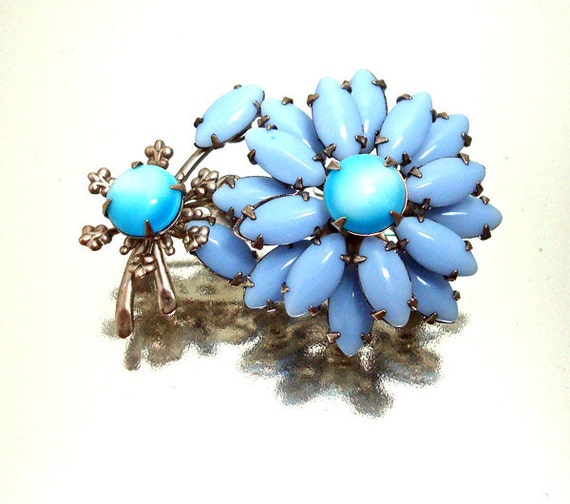 Blue Milk Glass Flower Pin Brooch Vintage