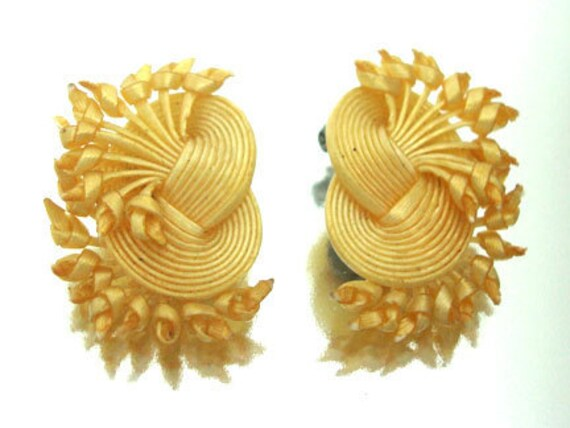 Vintage Pair of Pale Yellow Woven Earrings