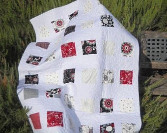 Mod Black, Red, and White Baby Quilt
