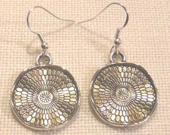 Tibet Silver Earrings / Petals