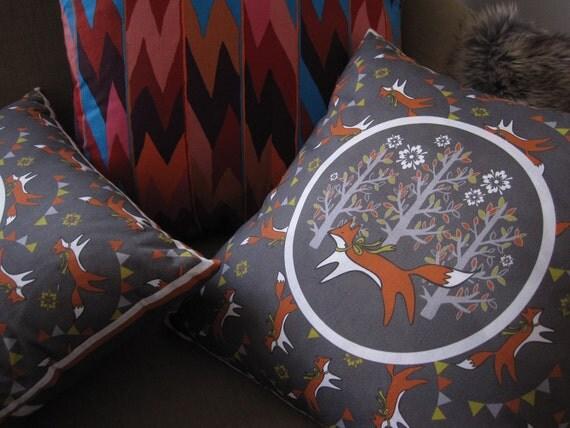 """Fox print pillow cover Supayana fits standard 14"""" x 14"""" pillow"""
