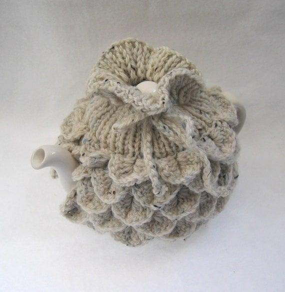Teapot Cozy Tea pot cozy, tea accessories wool cozy Crocodile stitch - small in beige speckle wool