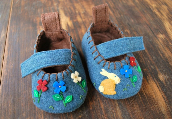 Forest Bunny Booties (blue)