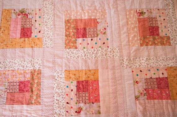 White Peaches Log Cabin Quilt for Baby
