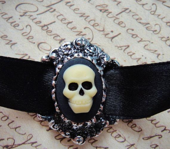 Skull Cameo Choker Necklace