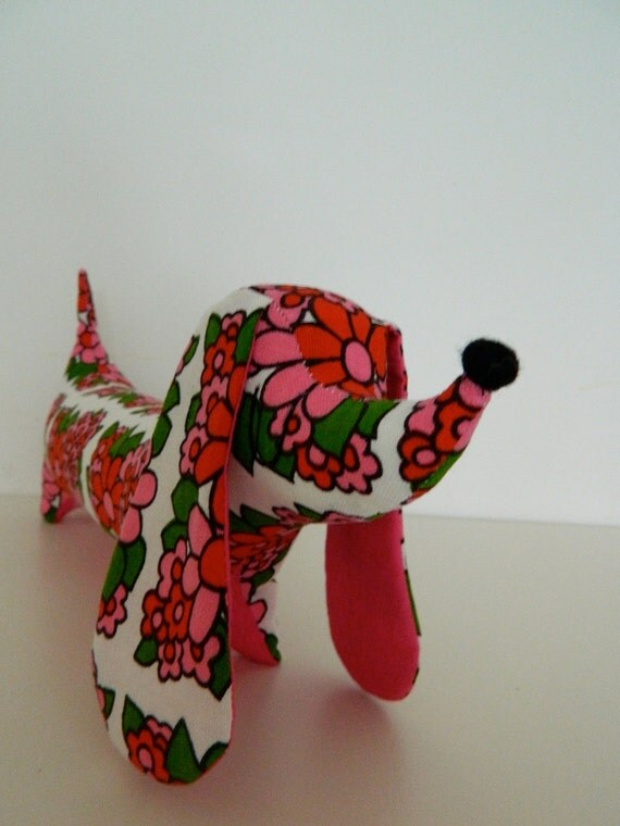 Large Dachshund - Vintage 1970s Mod Pink and Red Floral Fabric