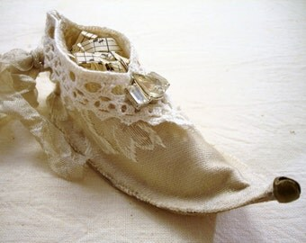 Sweet Elf Fairy Shoe Ornament Tutorial