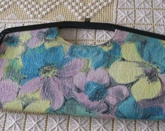SALE Vintage 50's Large Floral Pebbled Vinyl Clutch Purse