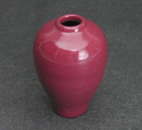 maroon bud vase/weed pot