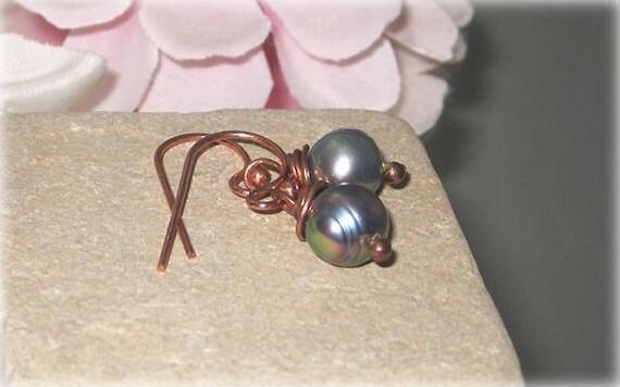 Handmade Copper Pearl Dangle Earrings-Bastet's Beads- Dark Peacock-